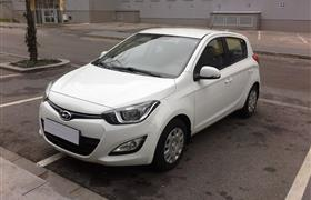 Hyundai i20 1.4 photo